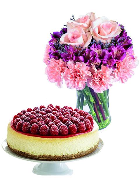 Alstroemerie e rose con torta cheesecache a Roma