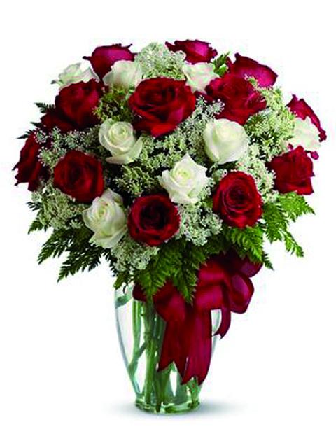 Bouquet di rose rosse e bianche a Roma